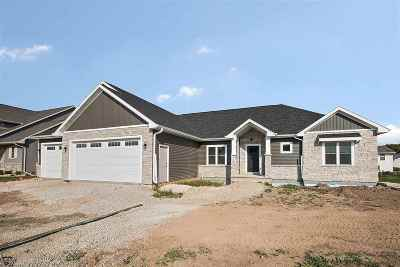 Menasha Single Family Home Active-No Offer: N8924 Harrisville