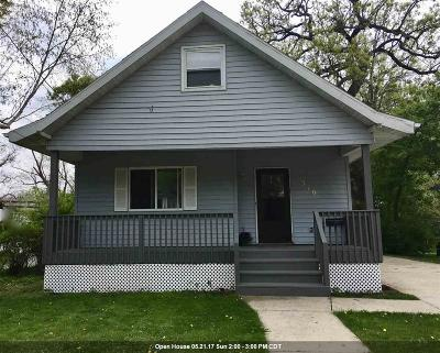 Neenah Single Family Home For Sale: 316 W North Water
