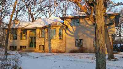 Oshkosh Single Family Home For Sale: 1848 Queens