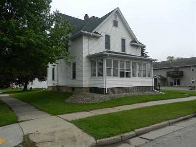Black Creek Multi Family Home Active-No Offer: 408 N Main
