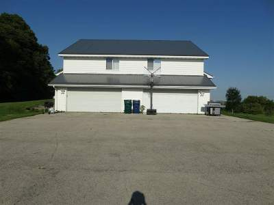 Shiocton WI Multi Family Home Active-No Offer: $189,900