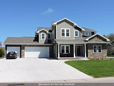 Appleton Single Family Home Active-No Offer: 4800 W Scotch Pine
