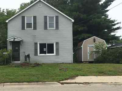 Single Family Home For Sale: 214 Gale