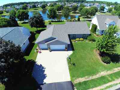 Sherwood Single Family Home Active-Offer W/O Bump: N8039 Lake Breeze