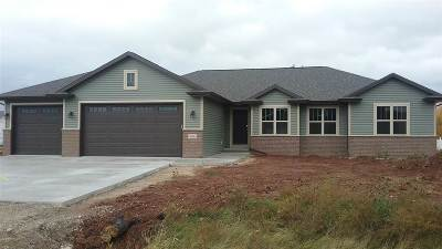 Sherwood Single Family Home Active-No Offer: W4894 Cliff View