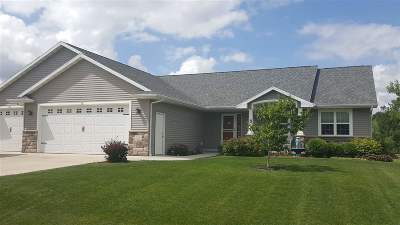 Neenah Single Family Home Active-Offer W/O Bump: 755 Milkweed