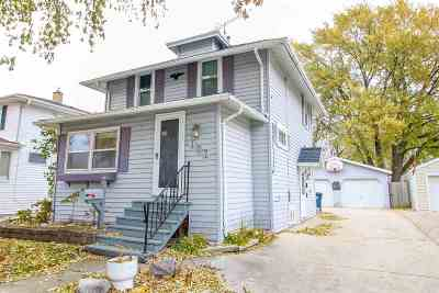 Single Family Home For Sale: 107 Vincent