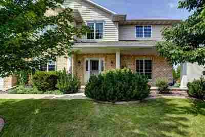 Appleton Single Family Home For Sale: 2604 E Sundance