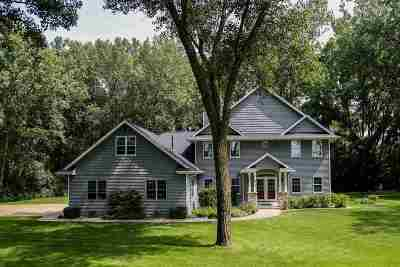 Oshkosh Single Family Home For Sale: 1814 Indian Point