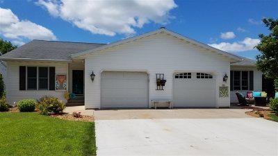 Oshkosh Multi Family Home Active-Offer W/O Bump: 321 S Westfield