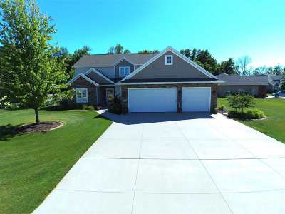 Sherwood Single Family Home Active-No Offer: W5043 Cherrywood
