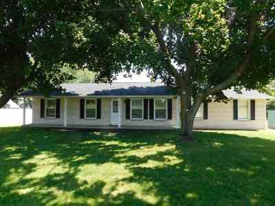 Ashwaubenon Single Family Home For Sale: 2033 June