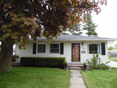 Kaukauna Single Family Home Active-Offer W/O Bump: 160 Garfield