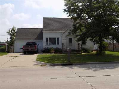 Kaukauna Single Family Home Active-No Offer: 2716 Crooks