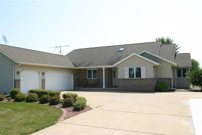 Oshkosh Single Family Home Active-No Offer: 4462 Stonefield