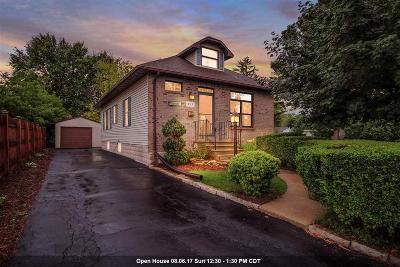 Menasha Single Family Home Active-Offer W/O Bump: 850 6th