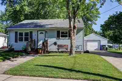 Kaukauna Single Family Home Active-Offer W/O Bump: 604 W 8th