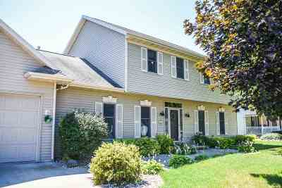 Neenah Single Family Home Active-No Offer: 1234 Fawn