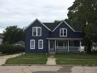 Neenah Single Family Home Active-No Offer: 310 Bond