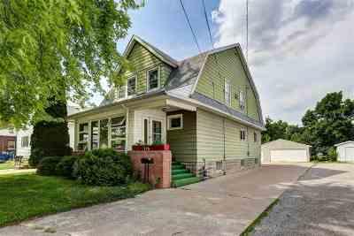Oshkosh Single Family Home Active-No Offer: 216 Fulton