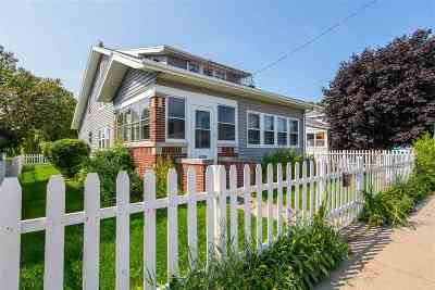 Oshkosh Single Family Home Active-No Offer: 1221 Oshkosh