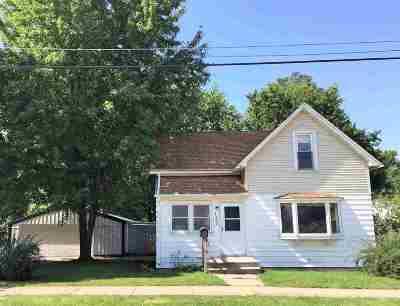 Kaukauna Single Family Home Active-Offer W/O Bump: 125 Arthur