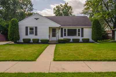Neenah Single Family Home Active-Offer W/O Bump: 204 King