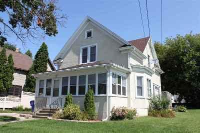 Kaukauna Single Family Home Active-No Offer: 122 Sarah