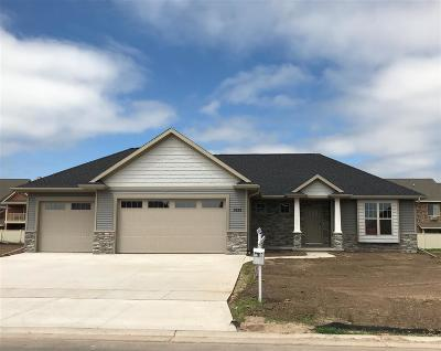 Appleton Single Family Home Active-No Offer: 3632 Tulip