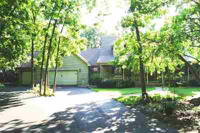 Oshkosh Single Family Home For Sale: 5185 Ciscel