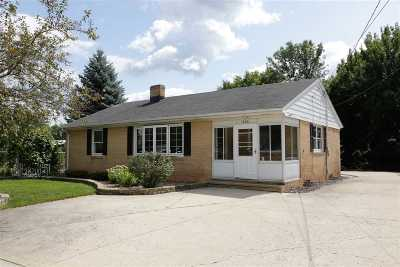 Little Chute Single Family Home For Sale: 1605 Main
