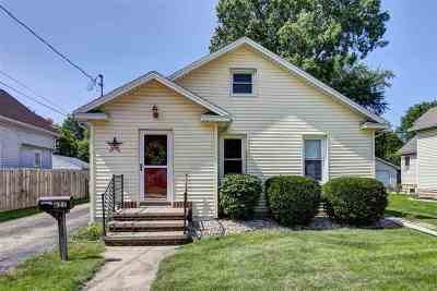 Little Chute Single Family Home For Sale: 631 Madison