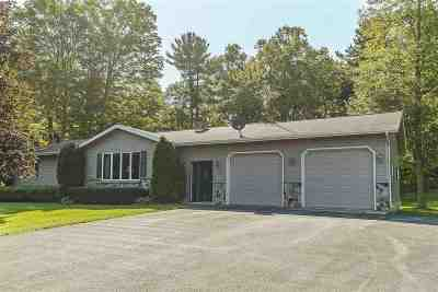 Oconto Falls Single Family Home For Sale: 8893 Ankerson