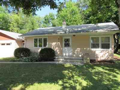 Kaukauna Single Family Home For Sale: 616 Sheridan