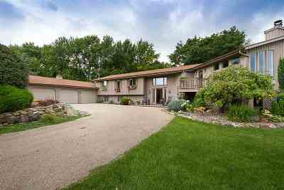 Neenah Single Family Home For Sale: 108 Limekiln