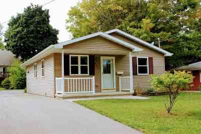 Menasha Single Family Home For Sale: 353 Winnebago