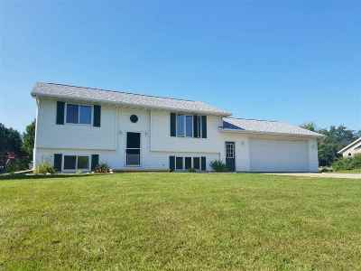 Freedom Single Family Home For Sale: N4329 Bell