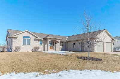 Luxemburg Single Family Home For Sale: 322 Brookview