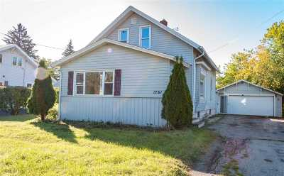 Appleton WI Single Family Home For Sale: $104,900