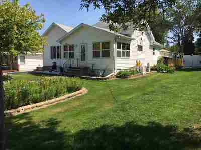 Winneconne Single Family Home For Sale: 25 S 5th