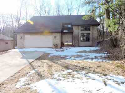 Kaukauna Single Family Home Active-Offer No Bump: 28 Woodhaven