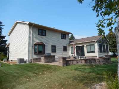 Oshkosh Single Family Home For Sale: 5170 Killdeer