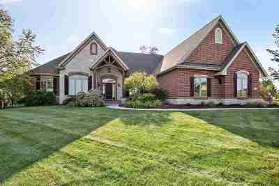 Appleton Single Family Home For Sale: 7045 N Palladium