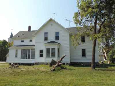 Oconto County Multi Family Home Active-No Offer: 818 Groninger