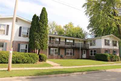 Oshkosh Multi Family Home For Sale: 814 Frederick