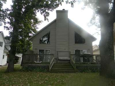Winneconne Single Family Home Active-No Offer: 6525 Lasley Shore