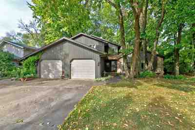 Neenah Single Family Home For Sale: 1326 Westwood