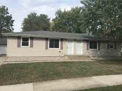 Kaukauna Multi Family Home For Sale: 633 N Idlewild