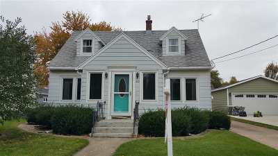 Neenah Single Family Home For Sale: 605 Chestnut