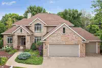 Appleton Single Family Home For Sale: 307 E Wayfarer